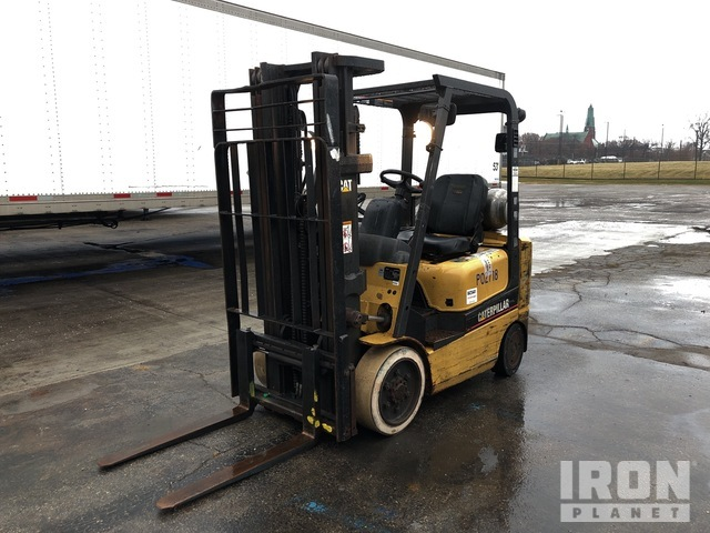 Cat GC20K 3400 lb Cushion Tire Forklift, Forklift