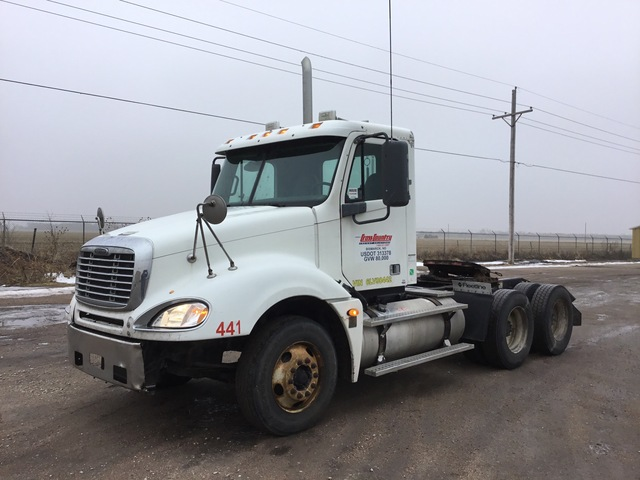 2006 Freightliner Columbia 6x4 T/A Day Cab Truck Tractor