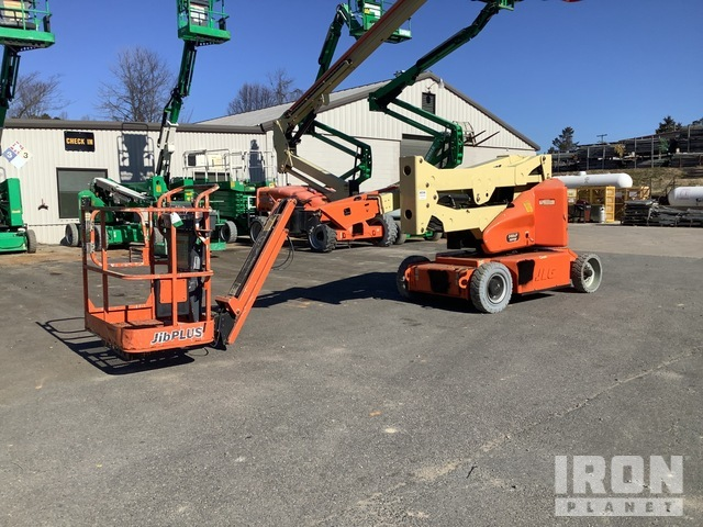 2013 (unverified) JLG E400AJPN Electric Articulating Boom Lift, Boom Lift
