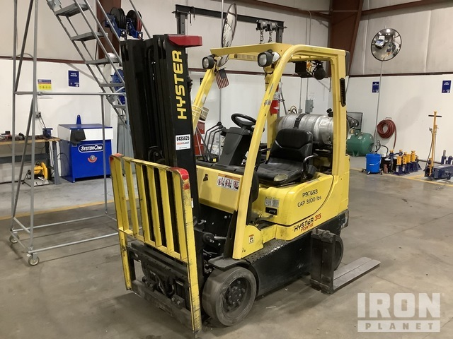 2007 Hyster S35FT 3250 lb Cushion Tire Forklift, Parts/Stationary Construction-Other