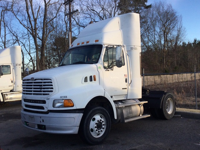 2006 Sterling A9500 4x2 S/A Day Cab Truck Tractor