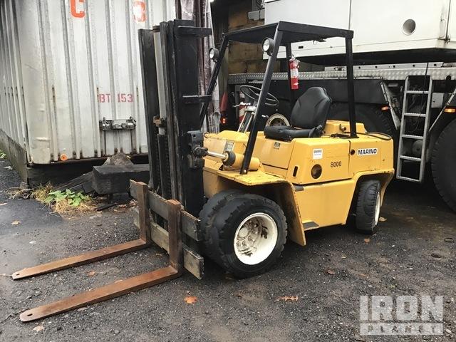 Clark C500-YS80 Pneumatic Tire Forklift, Forklift