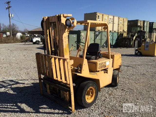 Hyster H60XL-MIL Pneumatic Tire Forklift, Forklift