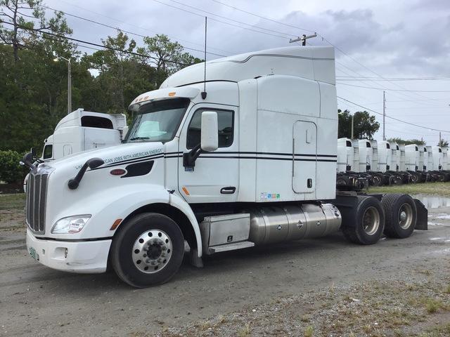 2016 Peterbilt 579 T/A Sleeper Truck Tractor