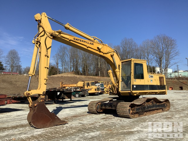 1982 Cat 225 Track Excavator, Hydraulic Excavator