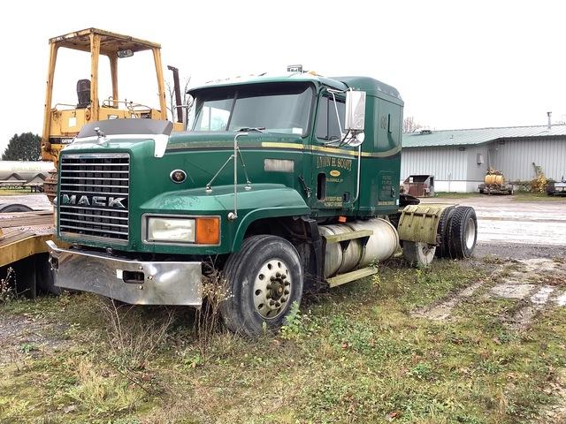 1998 Mack CL713 6x4 T/A Sleeper Truck Tractor