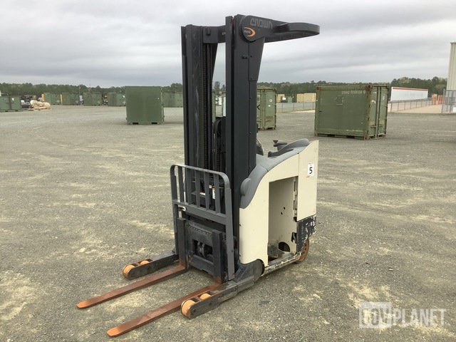 Crown RR55020-35 Electric Forklift, Electric Forklift