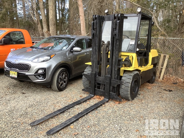 Hyster H110XL 15300 lb Pneumatic Tire Forklift, Parts/Stationary Construction-Other