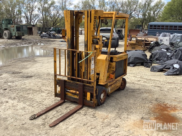 Clark ECS 20 Electric Forklift, Electric Forklift