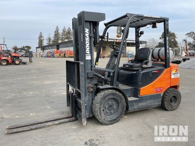 2008 (unverified) Doosan G30P-5 4700 lb Pneumatic Tire Forklift, Forklift