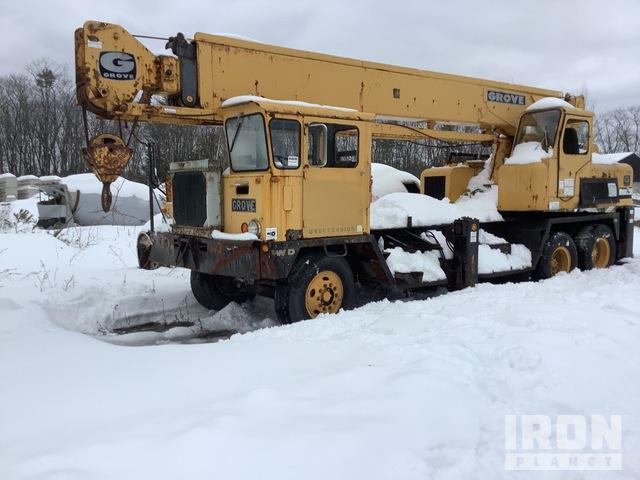 Grove TM225T Hydraulic Truck Crane, Hydraulic Truck Crane