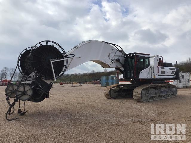 2017 Hyundai HX520L Track Excavator w/Hydraulic Winch, Hydraulic Excavator