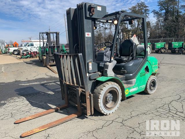 2013 (unverified) Komatsu FG30HT-16 2100 lb Pneumatic Tire Forklift, Forklift