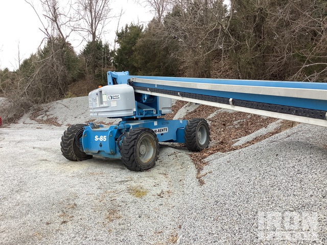 2006 Genie S-85 4WD Diesel Telescopic Boom Lift, Parts/Stationary Construction-Other