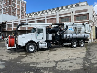 Sewer Cleaning Trucks