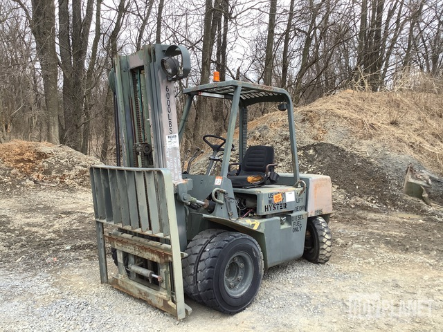 Hyster H60-XL-MIL Pneumatic Tire Forklift, Forklift