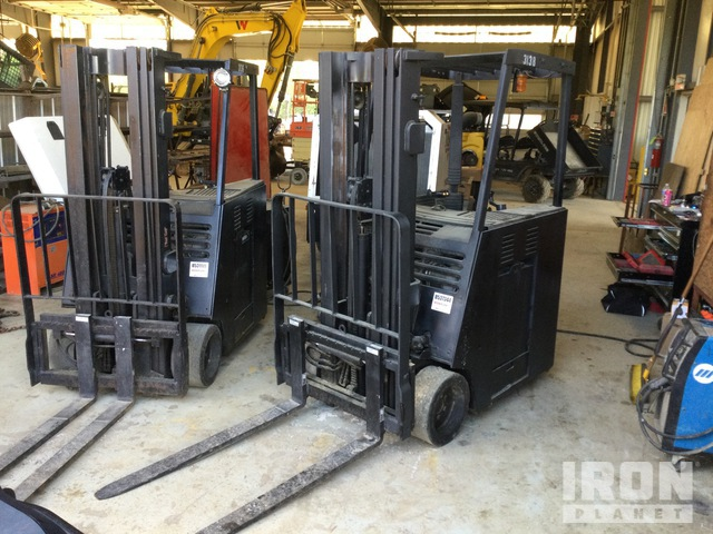 2015 (unverified) Clark ESX17 3200 lb Electric Forklift, Electric Forklift