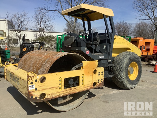 Bomag BW211D-40 Vibratory Single Drum Compactor, Vibratory Padfoot Compactor