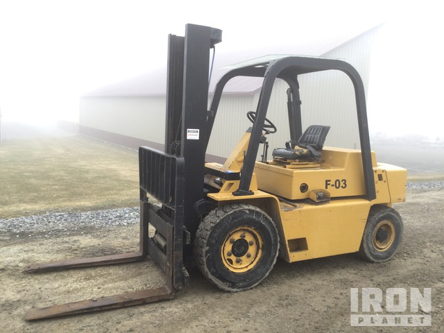 1995 (unverified) Cat V80D 6650 lb Pneumatic Tire Forklift, Forklift