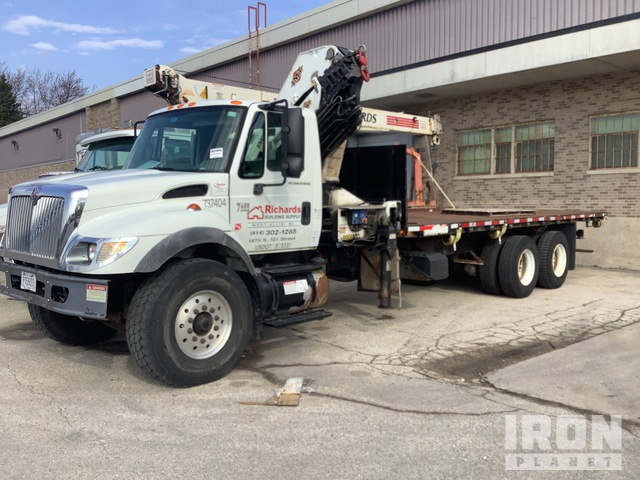 IMT 25/180K7 19730 lb Knuckle Boom on 2006 International 7400 6x4 T/A Truck, Truck Tractor w/Crane