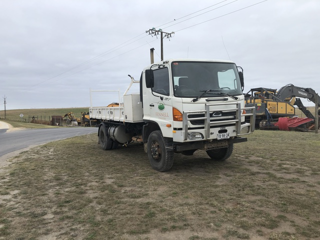 Service Utility Trucks-landing-page-image