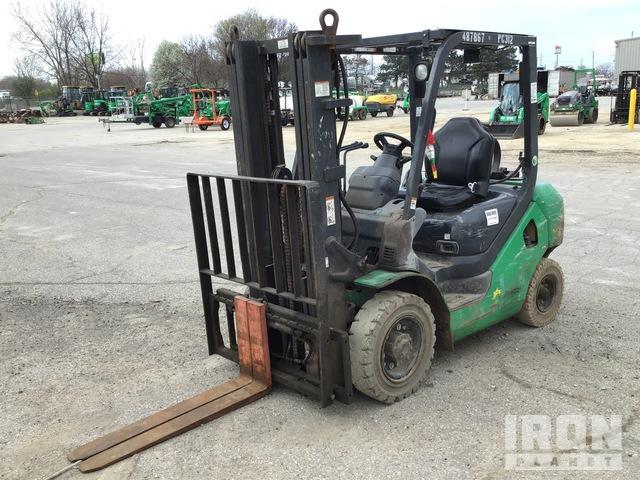 2012 Komatsu FG25T-16 4650 lb Pneumatic Tire Forklift, Forklift