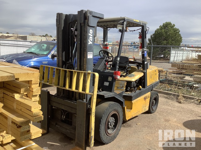2004 Yale GLP100MJNGBE091 10000 lb Pneumatic Tire Forklift, Parts/Stationary Construction-Other