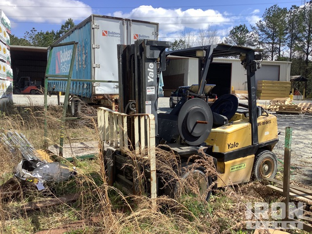 2000 Yale GLP080LJNGBE89.4 7050 lb Pneumatic Tire Forklift, Parts/Stationary Construction-Other