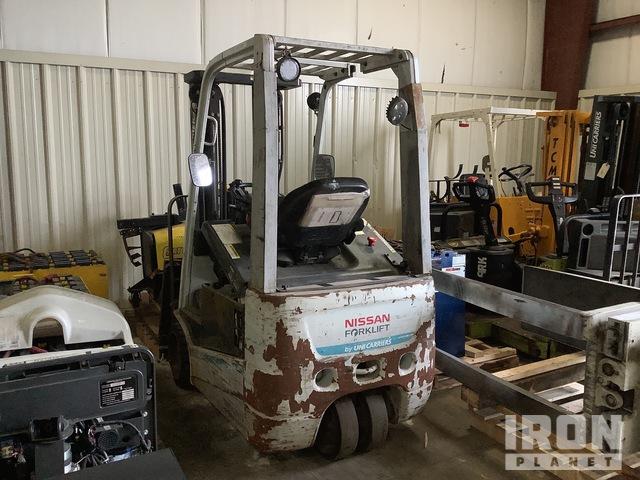 2015 (unverified) Nissan TX35 2900 lb Electric Forklift, Electric Forklift