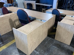Furniture - Desks