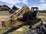 Klicken Sie auf das Bild für Einzelheiten dazu  2001 (unverified) Cat 320CL Track Excavator
