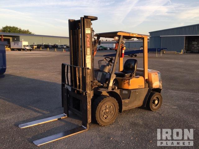 TCM FHD36Z2 8000 lb Pneumatic Tire Forklift, Forklift