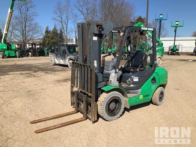 2013 (unverified) Komatsu FG30HT-16 10850 lb Pneumatic Tire Forklift, Forklift