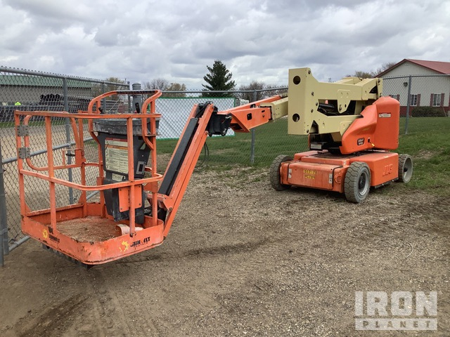 2013 JLG E400AJPN Electric Articulating Boom Lift, Boom Lift