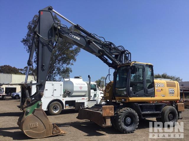 2015 John Deere 220DW 4x4 Wheel Excavator, Mobile Excavator