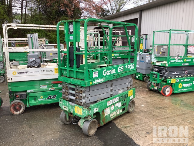 2011 (unverified) Genie GS1930 Electric Scissor Lift, Scissorlift