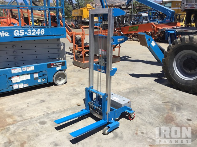 2020 Genie GL-8 Material Hoist, Material Lift