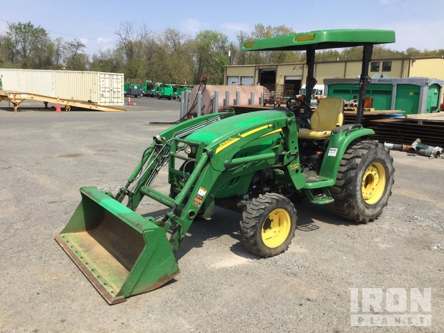 2013 (unverified) John Deere 3320 4WD Tractor, MFWD Tractor