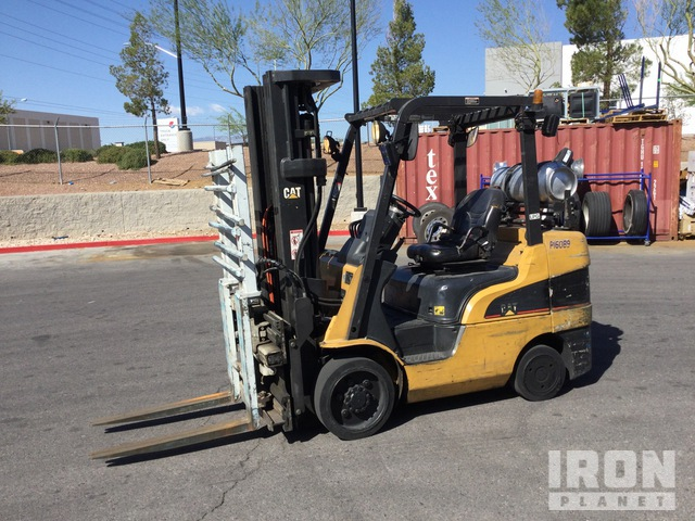 2005 (unverified) Cat C6500 3600 lb Cushion Tire Forklift, Forklift