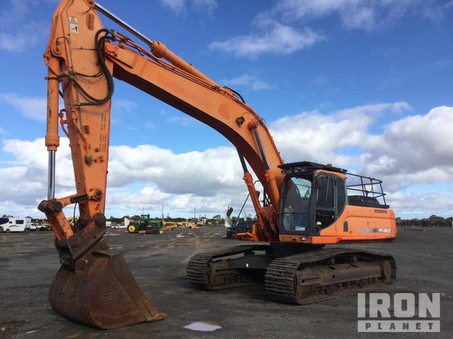 Doosan DX420LCA Track Excavator, Hydraulic Excavator
