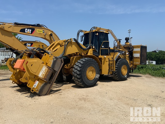 IronWolf Crusher on 2004 Cat 980G Wheel Loader, Wheel Loader