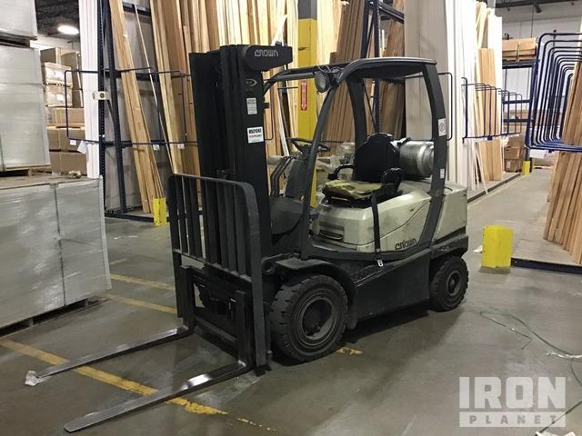2011 (unverified) Crown C5100-40 4775 lb Pneumatic Tire Forklift, Forklift
