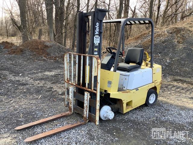 Yale GLP040ADNUAV085 Cushion Tire Forklift, Forklift
