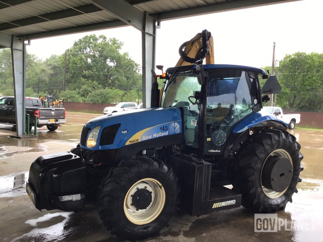 2011 New Holland T6030 4WD Tractor, MFWD Tractor