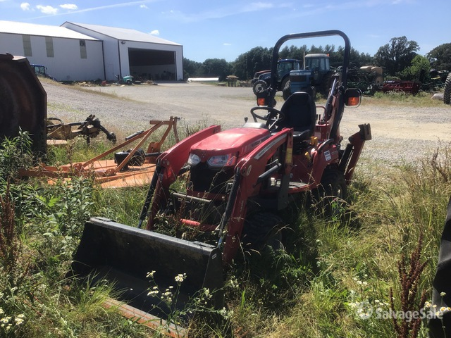 2019 Massey Ferguson GC1725 4WD Utility Tractor, Parts/Stationary Construction-Other