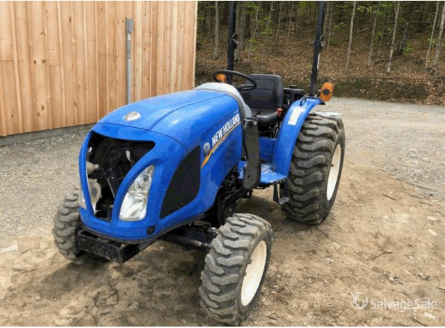 2015 New Holland Workmaster 37 4WD Tractor, MFWD Tractor