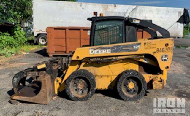John Deere 325 Skid Steer Loader, Parts/Stationary Construction-Other