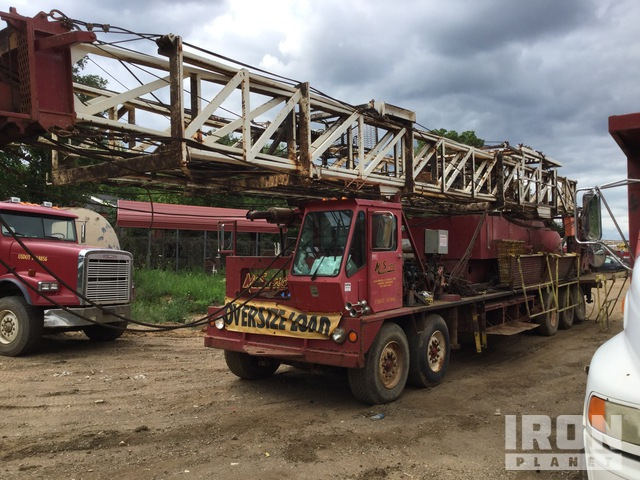 Cooper 8x4 Twin-Steer Work Over Rig, Service Rig
