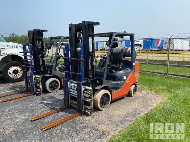 2012 (unverified) Toyota 8FGCU32 5100 lb Cushion Tire Forklift, Forklift
