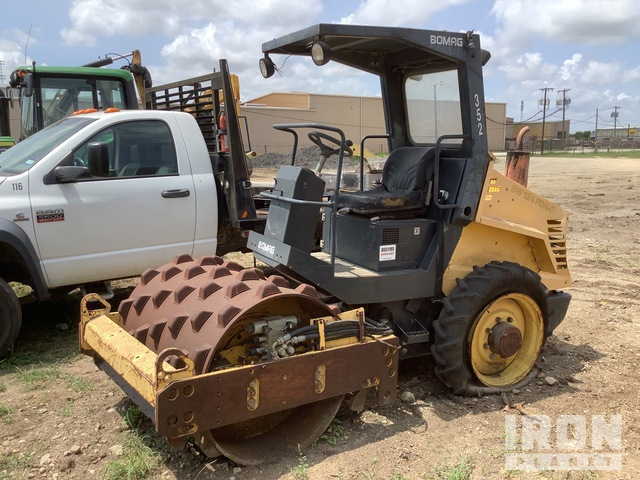 2004 Bomag BW124PDH-3 Padfoot Vibratory Single Drum Compactor, Parts/Stationary Construction-Other